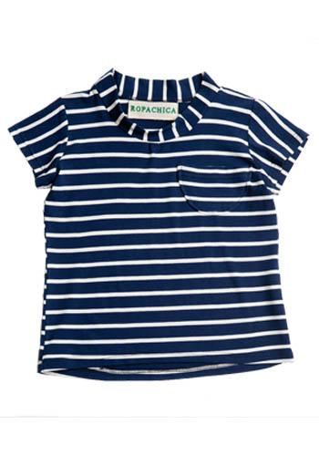 Camiseta de rayas azules y blanca